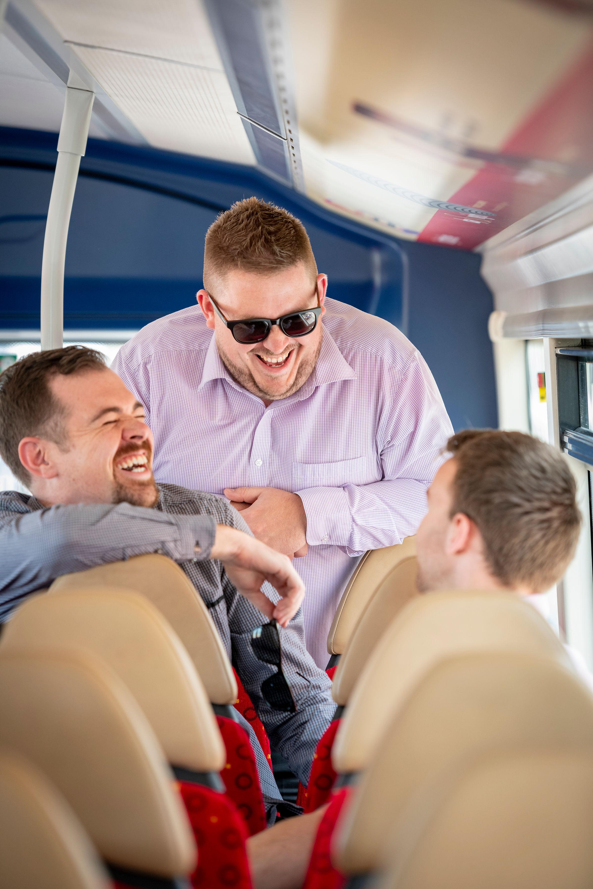 Bus-Happycustomers1